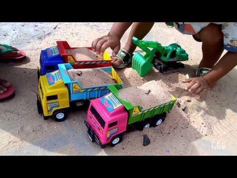 เล่นรถ แม็คโครตักทราย รถบรรทุก 6 ล้อ รถดั้มทราย รถของเล่น เล่นทราย Kids Playtime