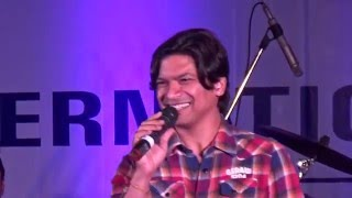 Gambar cover Shaan performing LIVE : Chaar Kadam from PK