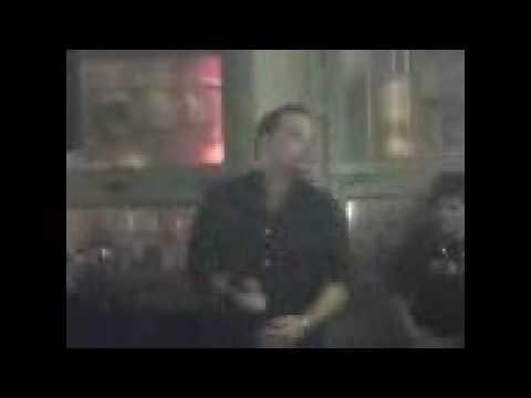 Tom Tom in Karaoke feaver!