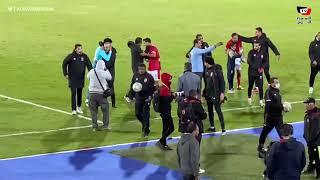 تحية خاصة من جماهير الأهلي لـ علي لطفي بعد انتهاء مباراة المقاولون
