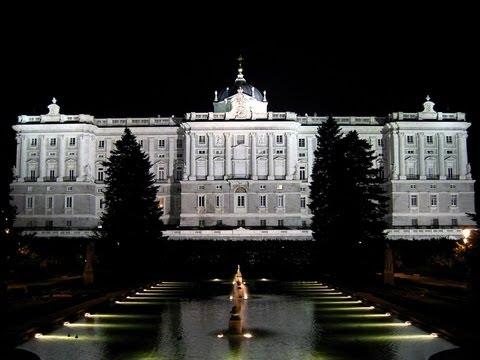 Madrid de los austrias ruta tur stica igeo tv youtube - Jardines palacio real madrid ...