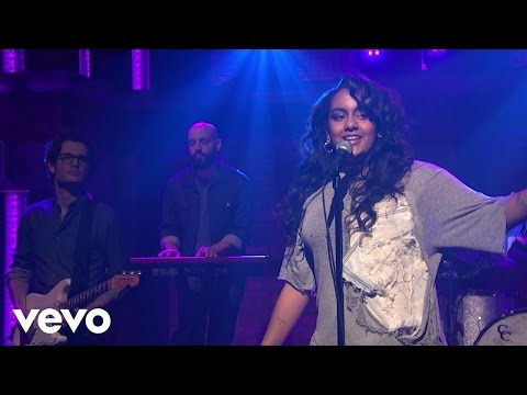 "Bibi Bourelly - ""Ballin"" (Late Night with Seth Meyers)"
