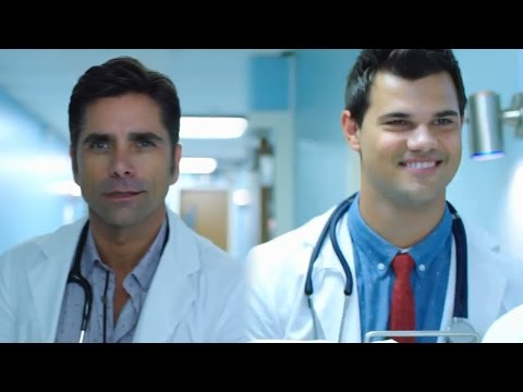 Scream Queens NEW Season 2 Promo Introduces Hot Doctors to Chanels
