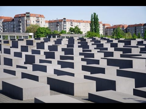 Visiting Memorial to Murdered Jews of Europe on International Museum Day