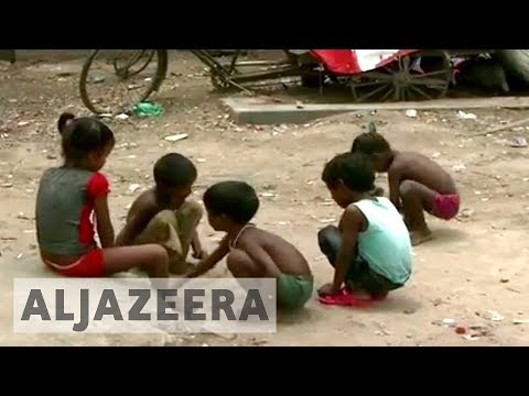 India's poor question 'poverty line' policy