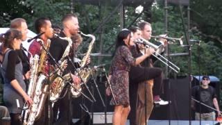 CLUB KILLERS feat ANNA MARIA ESPINOSA (Live @ Vita Bergen, Stockholm Aug 20, 2010)