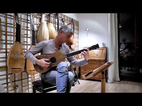Rolf Lislevand plays A.Stradivari Sabionari, 1679 guitar – Santiago de Murcia – Tarantela