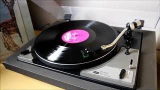Genesis - Looking For Someone (1970 vinyl rip)