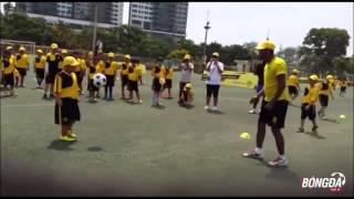 Cầu thủ nhí 8 tuổi của Việt Nam khiến Dortmund nể phục