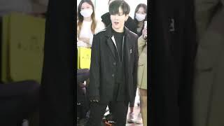 201108 김효진 Limit 리미트 단체공연 | 방탄…