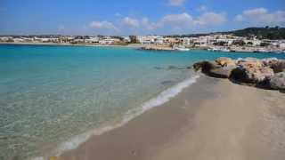 La caletta di sabbia di Torre Vado in Puglia