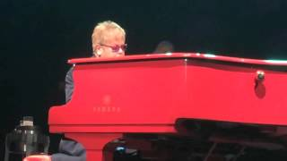 Elton John - A Good Heart Live in LA