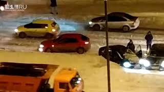 На Серафимы Дерябиной машину занесло на дороге