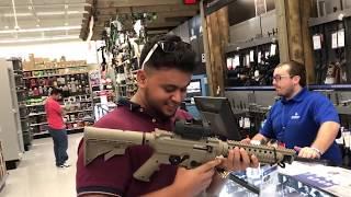 Comprando a minha primeira arma legalmente nos EUA!🇺🇸🇺🇸🇺🇸 thumbnail