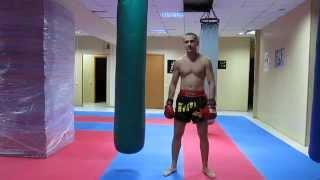 Тайский бокс работа на мешке - Классическая комбинация(Книга