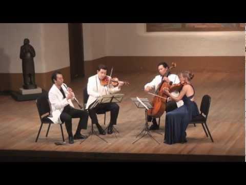 Mozart Oboe Quartet in F Major, K. 370 - 3rd mvt. | L. Wang, G. Schmidt, L. Francis, F. Fan