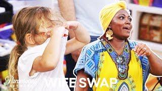 'I'm a Germaphobe' | Wife Swap Sneak Peek