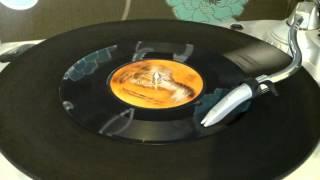 Dandy Livingstone - Suzanne Beware Of The Devil (Trojan Horse 1972).