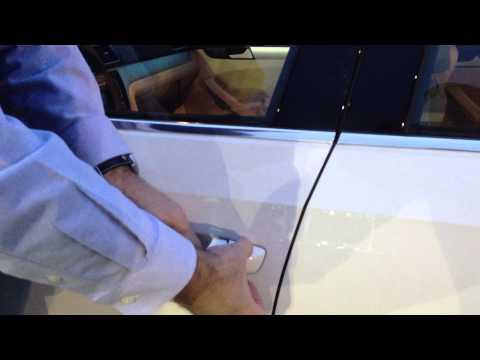 How To: Volkswagen Manual Key Lock - World Volkswagen Neptune NJ