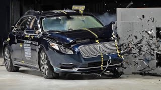 Lincoln Continental (2017) Crash Test