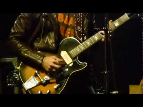 The Black Keys - Run Right Back - LIVE (HD) - Power Balance Pavilion - 5/5/12