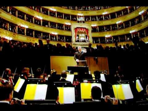Fratelli d'Italia alla Scala di Milano