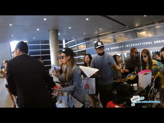 [FANCAM/직캠] 150501 APINK 에이핑크 - Arrival in L.A. @ LAX Airport