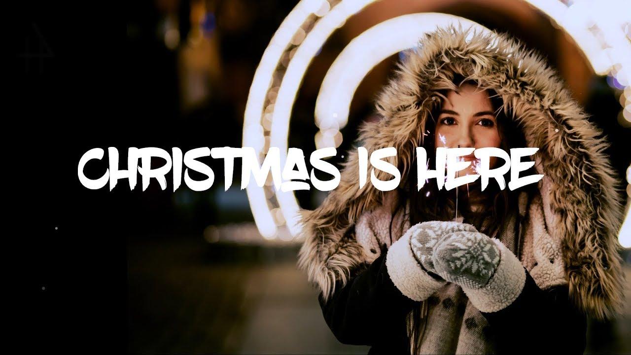 Kaskade Christmas.Kaskade Christmas Is Here Lyrics Lyric Video Ft Late Night Alumni