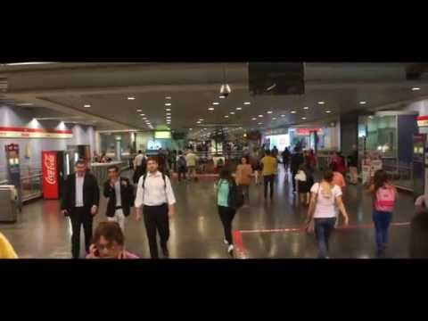 Metro de Santiago Flashmob St.patrick's day, Irish Dance