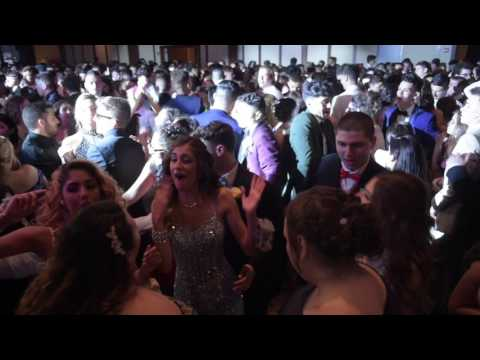 On the dance floor with the Tottenville High School Senior Prom 2017