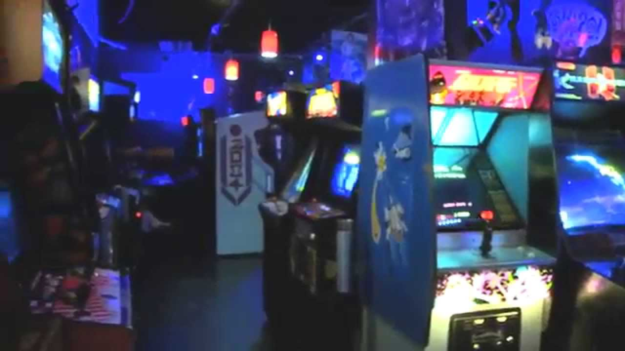 A Look Inside Player 1 Video Game Bar Youtube