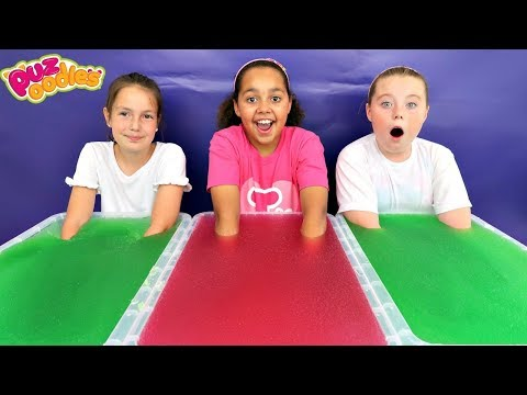 GELLI BAFF TOY CHALLENGE GAME! Surprise Slime    Toys AndMe