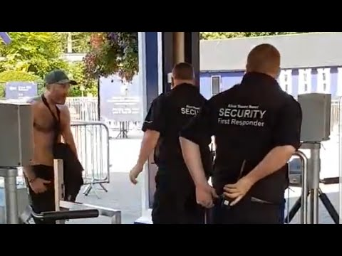 2 men fight security at Alton towers theme park.
