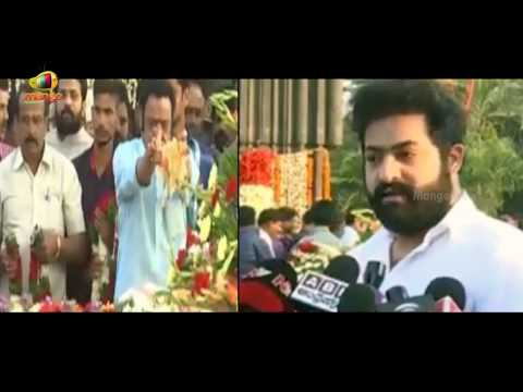 JR NTR Gets Emotional At NTR Ghat | Pays...