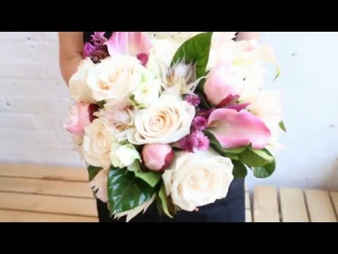 NYC Florist | How to Make a Hand-Tied Bouquet with Roses & P