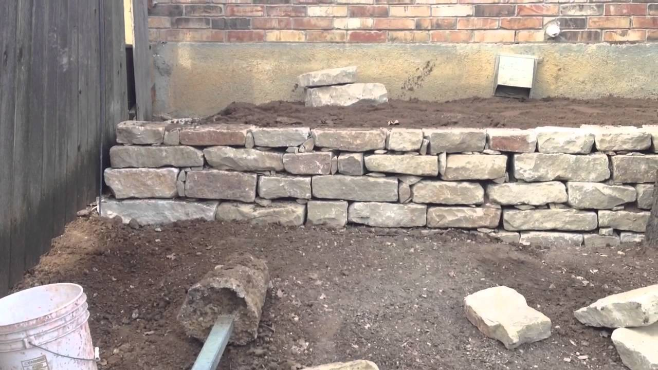 817 759 0102 Dry Stacked Retaining Wall out of Native