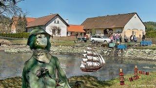 Makov, výlov rybníka na návsi