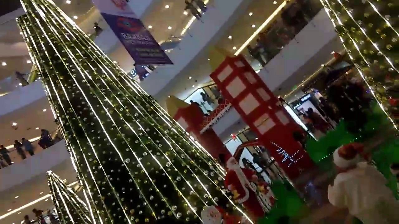 christmas celebrations in forum sujana mall hyderabad - Christmas Forum