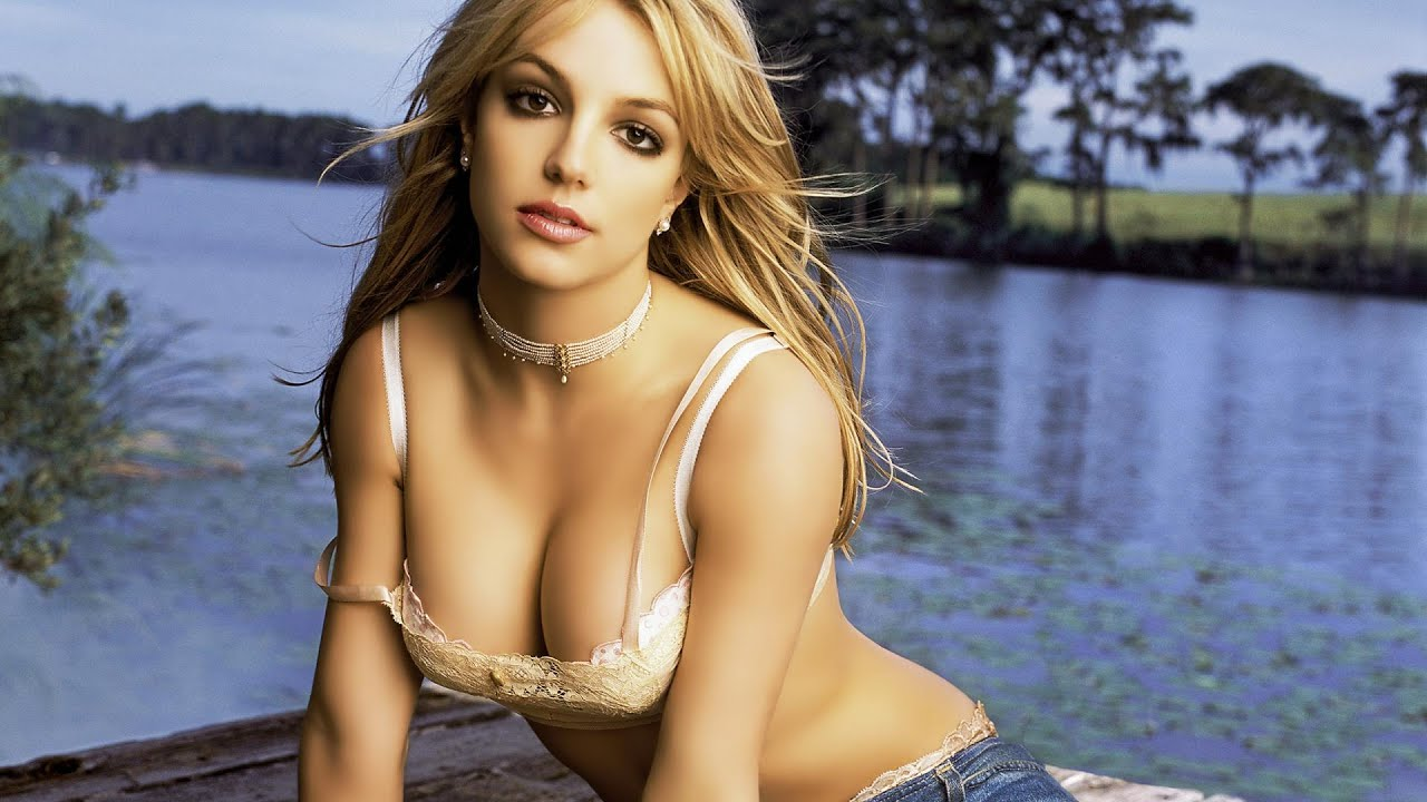 Britney spears strip pictures