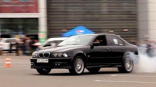 BMW E39 на 315 мм резине срывается в заносы