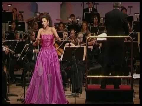 """Lucia Aliberti, Luisa Miller """"Tu puniscimi"""", conductor Peter Falk"""