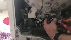 Waschmaschine macht Geräusche, vielleicht nur ein BH-Bügel?