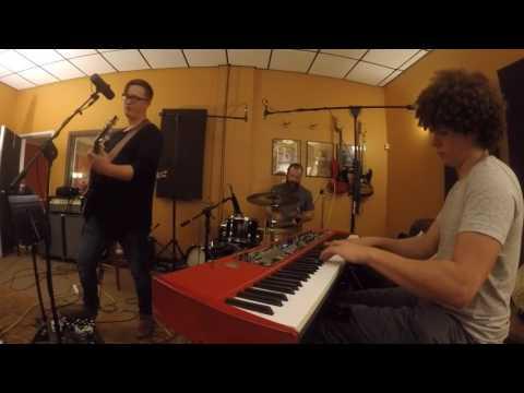 Funk Medley - Shining Star/Sing A Simple Song/Feel Like Makin' Love: Lamont Landers