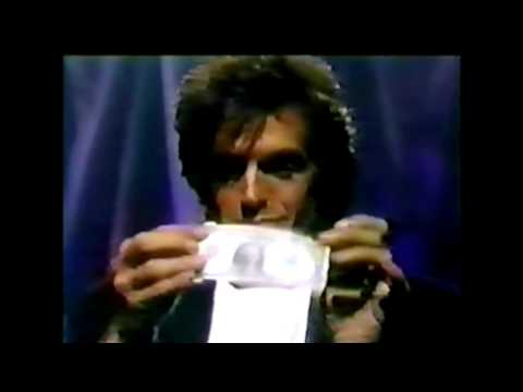 David Copperfield Close Up Magic- Bill Switch (Hundred Dollar Bill Change)