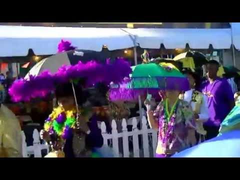 Long Beach Crawfish Festival 2015: Entertaining LA