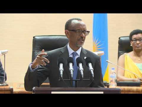 President Kagame officiates the swearing in  of New Government Officials | Kigali, 10 April 2018
