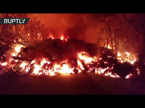 RAW: Armageddon-like scenes as lava continues to flow from Kilauea volcano