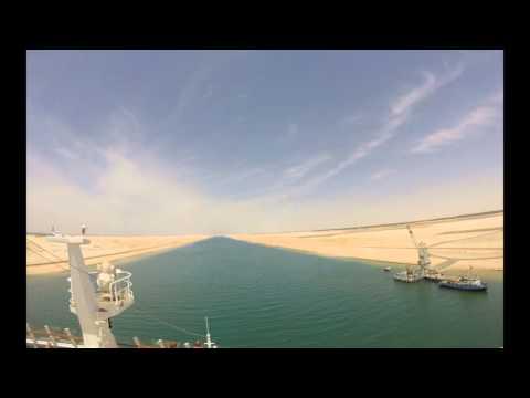 Durchfahrt der AIDAstella durch den Suezkanal am 23.04.2016 (Timelaps).