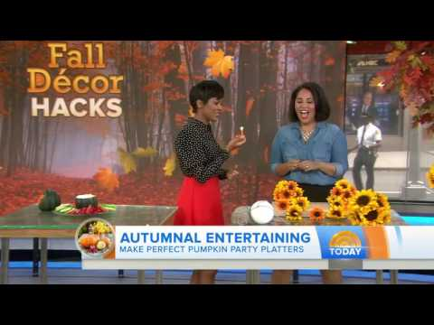 Pine cone centerpiece, toilet paper pumpkins  Fall decor hacks to DIY