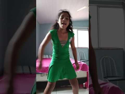 Dançando a música HAVENANA (Bff girl) ▶3:15